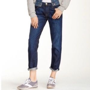 EUC Current Elliott Boyfriend Jeans in Size 28